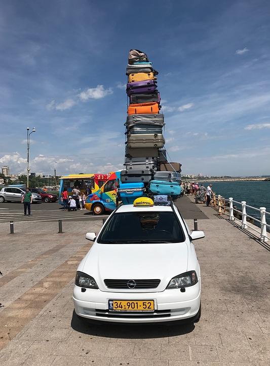 taxi-2437350_960_720